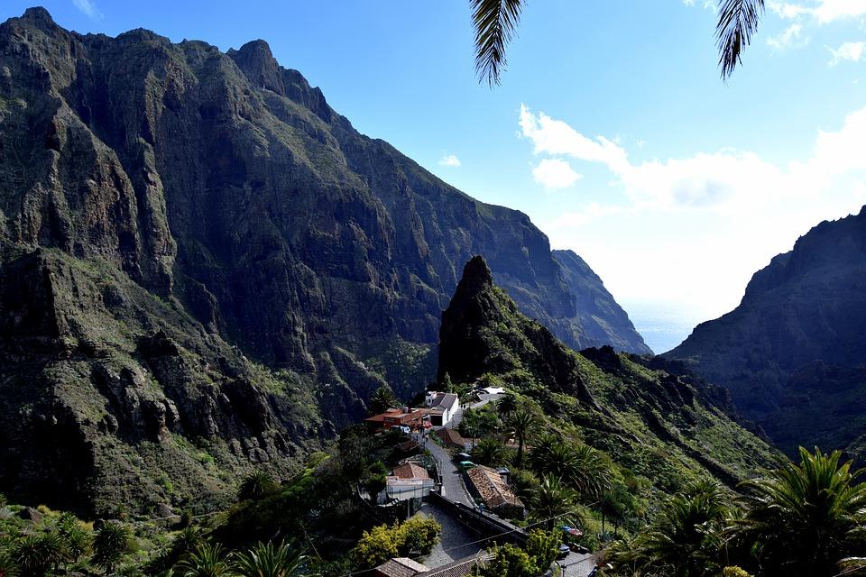 masca-ravine-boat-trip-vanilla-garden