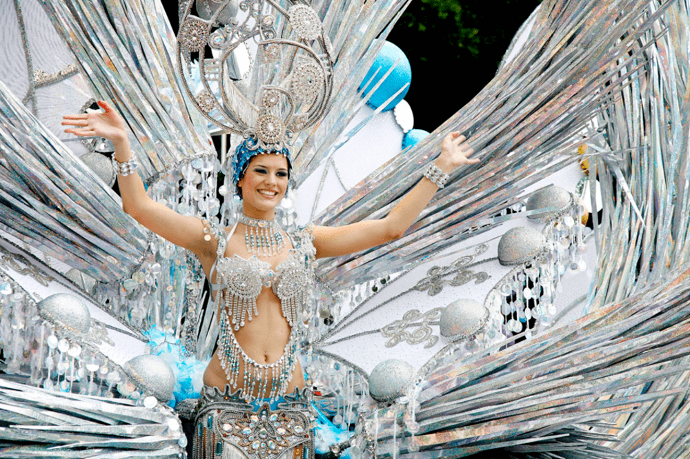 carnaval de tenerife gala de la reina vanilla garden